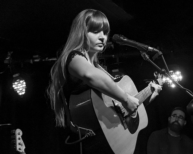 Courtney Marie Andrews at Dublin Whelan's (29th Aug 2017) - photo by Joseph Kelly (used with permission)
